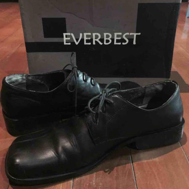 Sepatu Pria EVERBEST