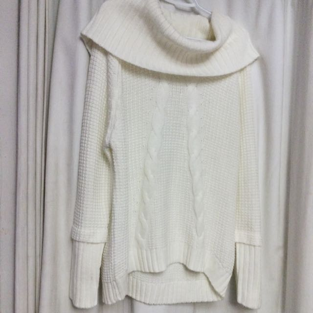 Suzy Shier White Wool Sweater- Size Large