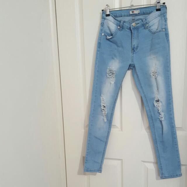 TEMT Ripped Low Rise Ankle Length Jeans