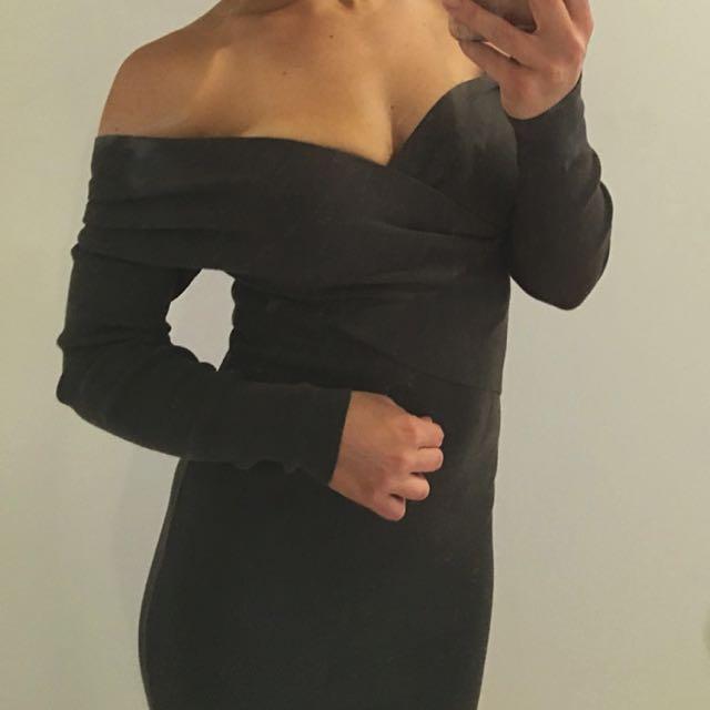 White Closet khaki Off The Shoulder Knit Wrap Dress Size 8-10