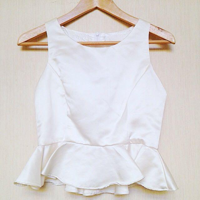 White Ruffel Top