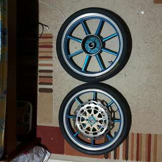 Spark 135 Front And Rear Rim With Tyres