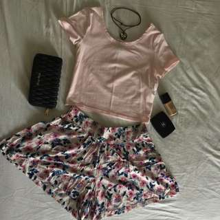 Cotton On Floral Printed Summer Short Size M