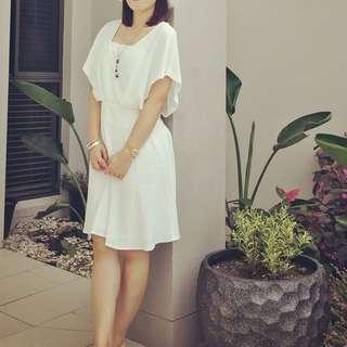 Witchery white dress size 6