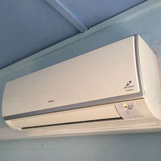 $500 ONLY! HITACHI SYSTEM 3 INVERTER AIRCON