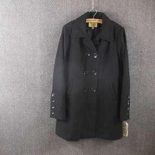 全新簡約M號大衣