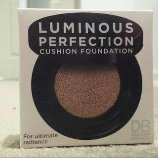 DB Cushion Foundation Nude Beige