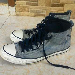 converse high blue jeans