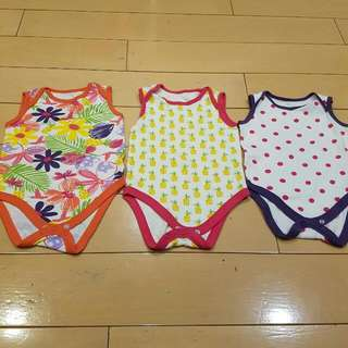 Set Of 3 Sleeveless Onesies 12-18 Months