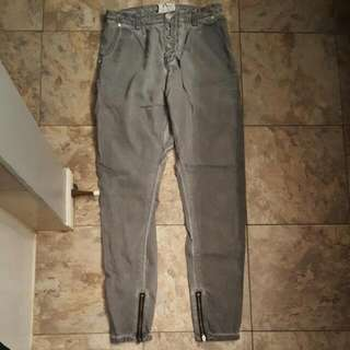 One by One Teaspoon Super Tough Jeans - Grey. Size 28.