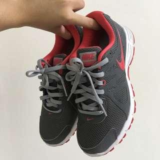NIKE 運動 慢跑 休閒鞋