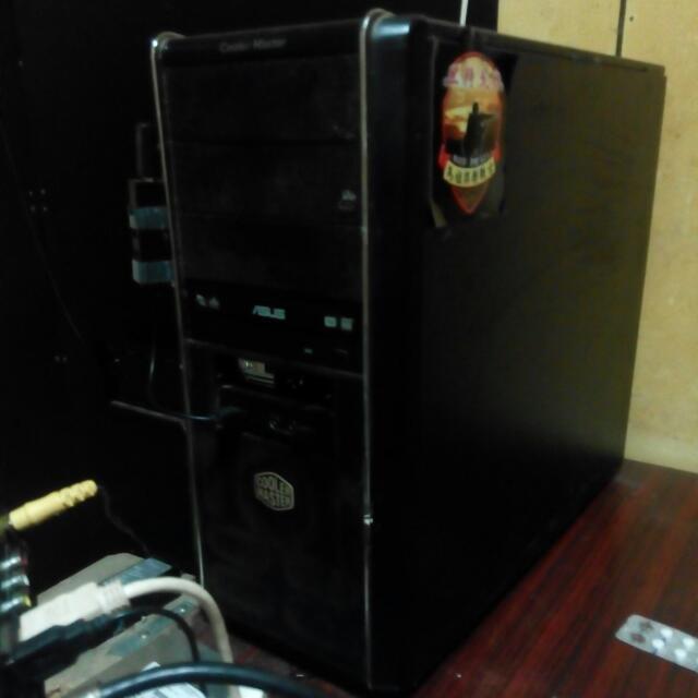 電腦主機/四核心12G記憶體/250G硬碟/DVD燒錄光碟機
