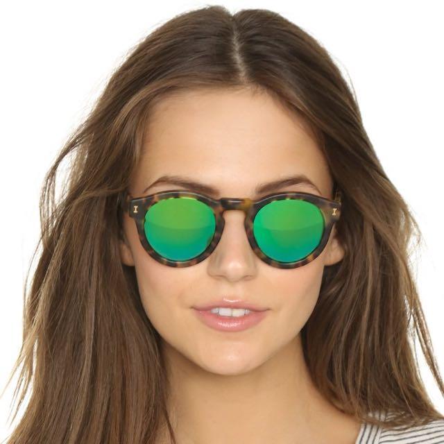 40edd73ce BNIB ILLESTEVA Leonard Matte Tortoise with Green Mirrored Lenses ...