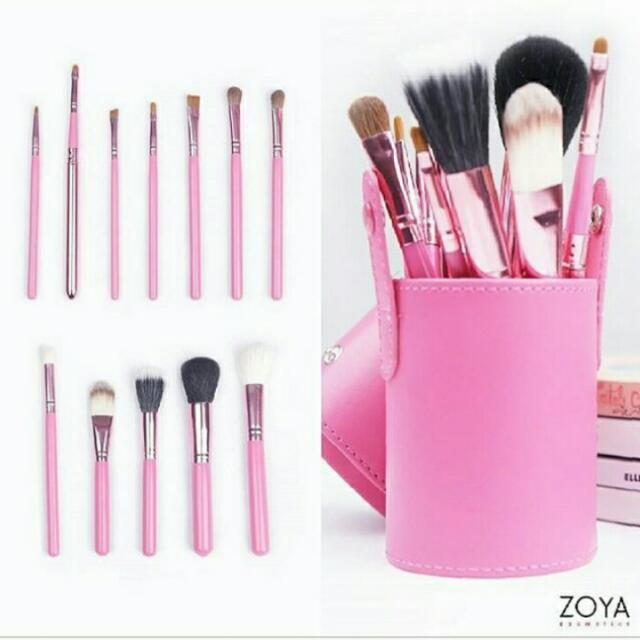 Brush Makeup Zoya