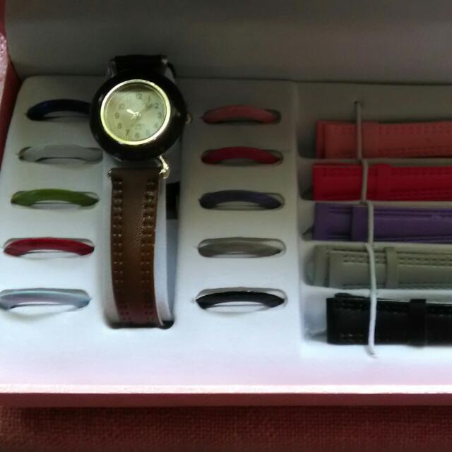 gucci leather strap