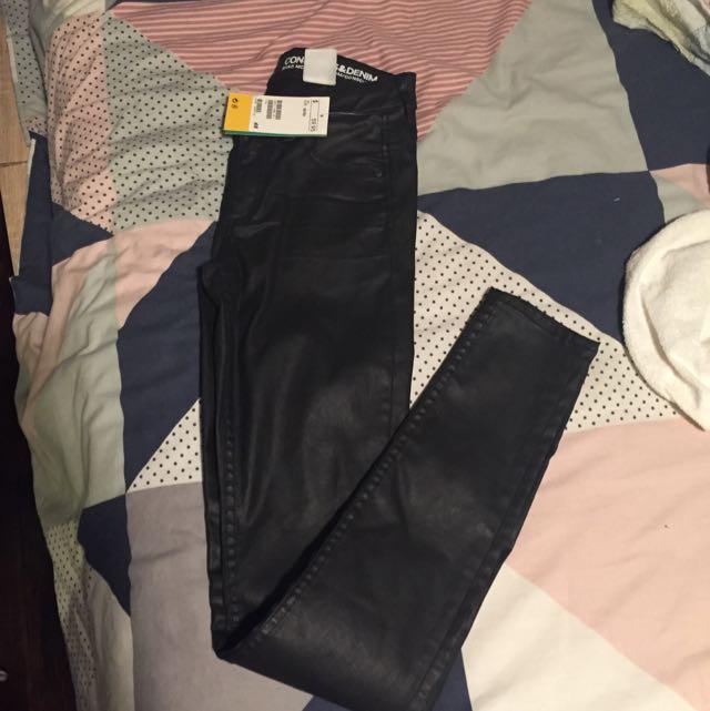 H&M Black Shiny Jeans