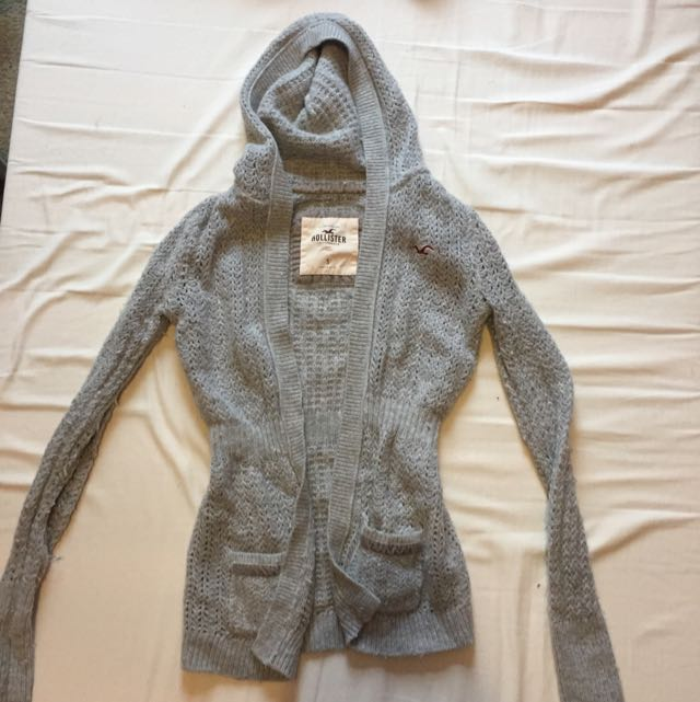 Hollister Knit Cardigan Small