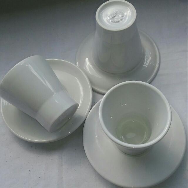 ACF/IPA Italian Cups/saucers*** NOT ACME!***