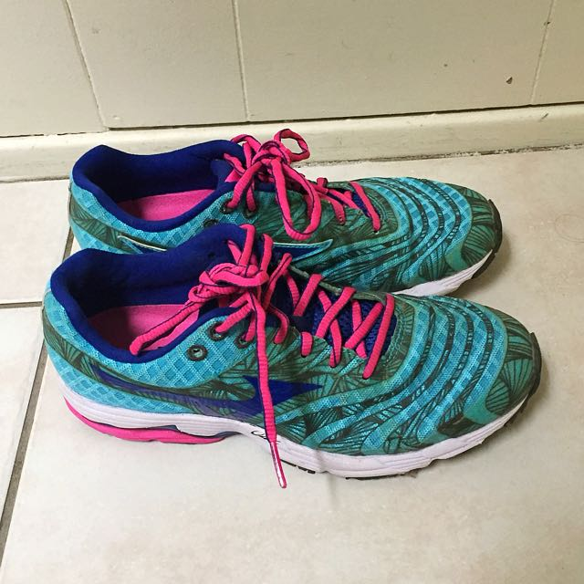 Mizuno Wave Sayonara 4 Running Shoes