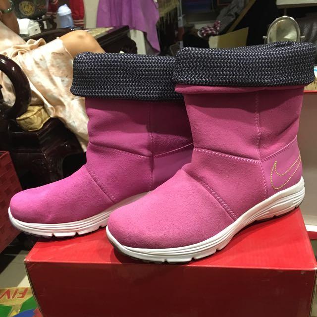 NIKE雪靴