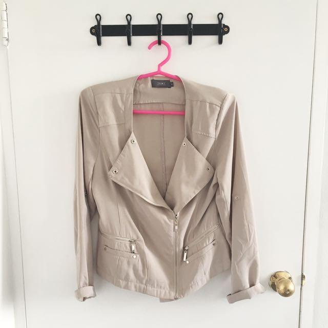 Nude Jacket Size 10 / M