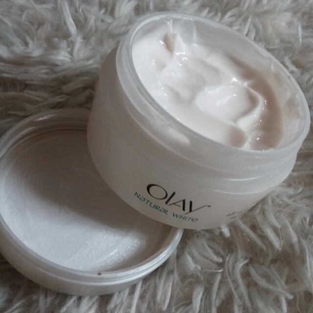 Olay Natural White Rich All In One Fairness Night Cream