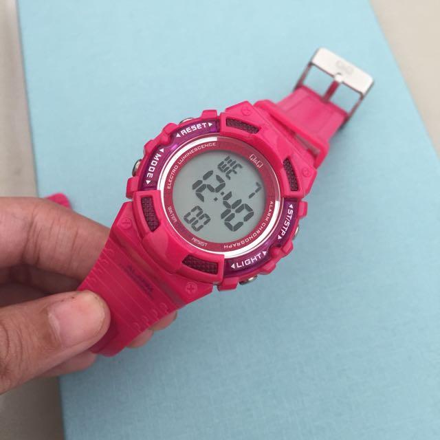 Original QnQ Watch