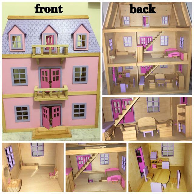 Preloved Melissa Doug Multi Level Wooden Doll House On Carousell