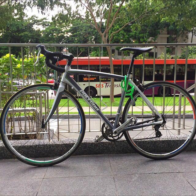 road bike polygon heliosC2.0