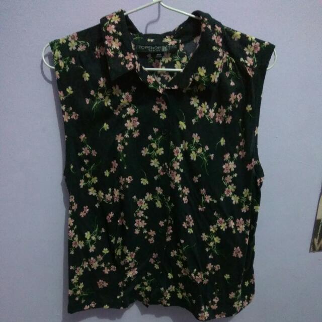 TOPSHOP black flowered sleeveless top - atasan hitam bunga-bunga tanpa lengan