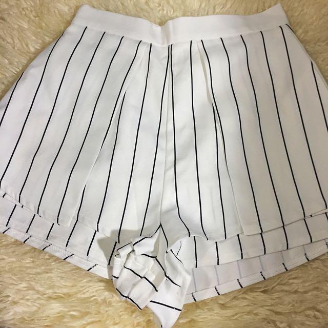 White/navy Stripe Party Shorts