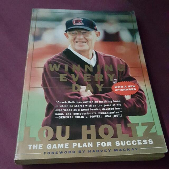 SALE!! Winning Everyday || Lou Holtz