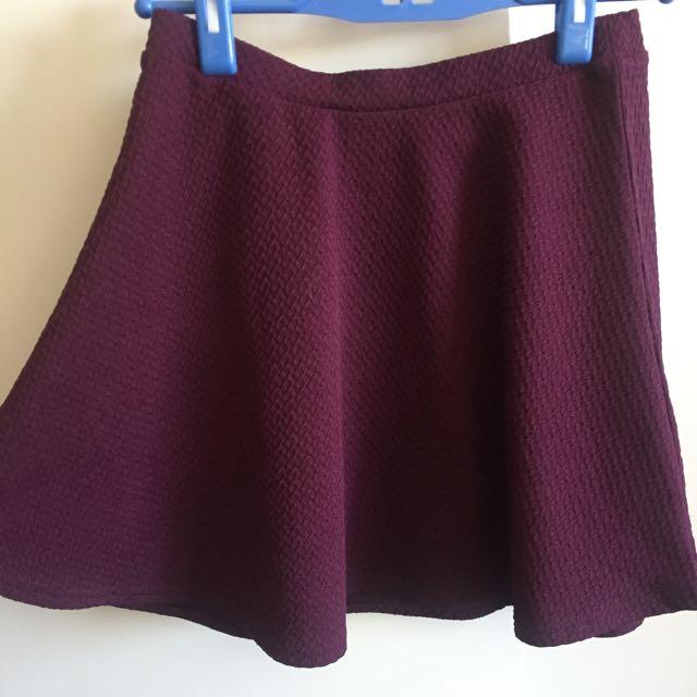 Women's Size 6 Burgundy Skater Skirt