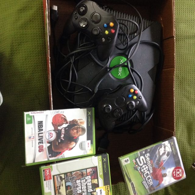 Xbox And 3 Games