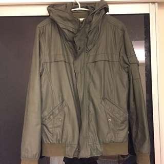 軍綠色 保暖外套 內100%棉料 外皮革 Kanye色