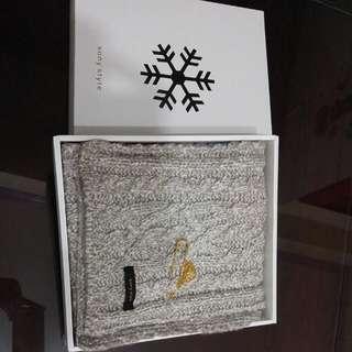 🚚 Sony Style限量聖誕圍巾 (米)日本製