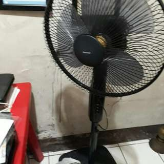 Electric Fan National Brand