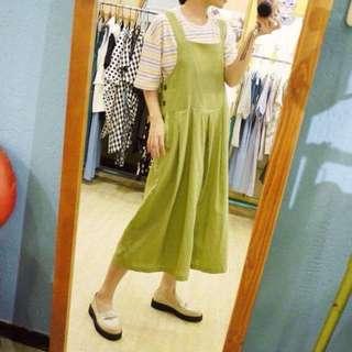 麻棉綠吊帶褲