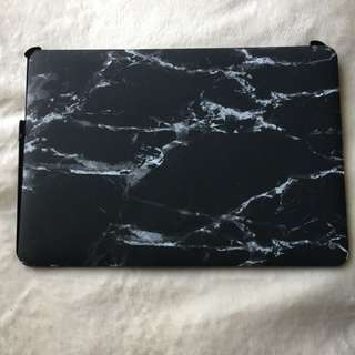 13.5' Hardcover Black Marble Laptop Case