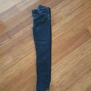 Nudie HIGH KAI black Skinny 28/10