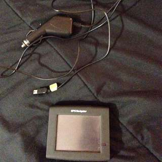 Black Gps With Charger