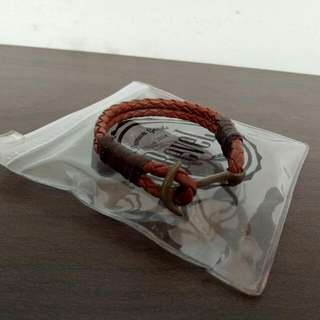 Gelang Brown Classic Anchor