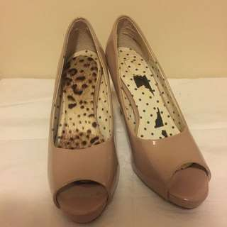 Nude peep toe heels EUR sz 41 (slightly small size)