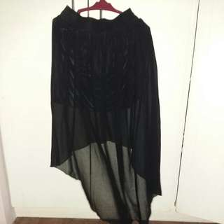 long back skirt 5pcs of clothes for only 300