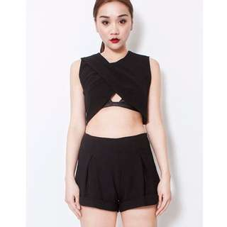 Feist Heist Anka Crop Top (Black)
