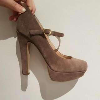 Steve Madden Taupe Suede Heels Size 9.5