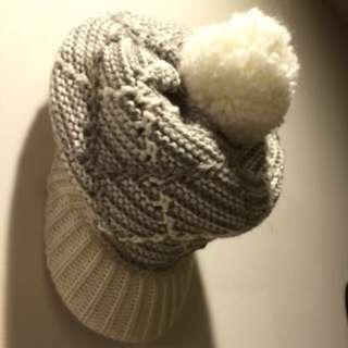 米白色毛帽