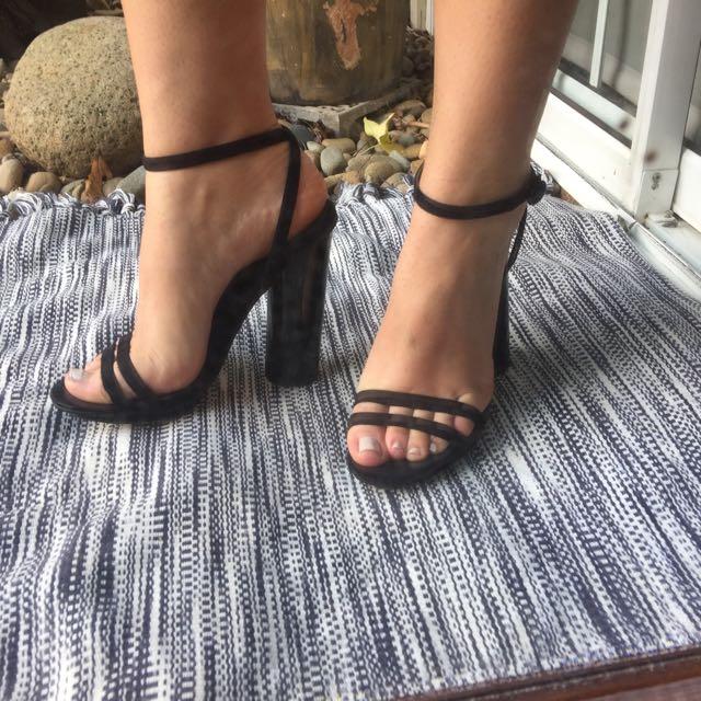 ASOS Black SIZE 7 Black Suede Heels