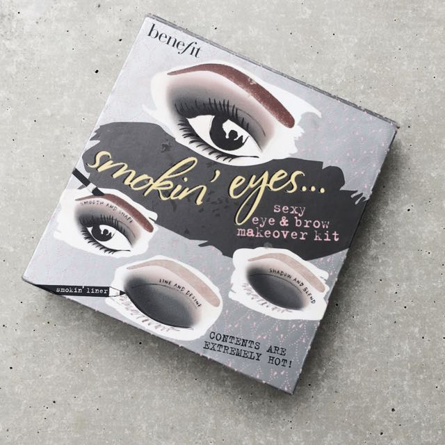 BENEFIT 'SMOKIN' EYES...' PALETTE