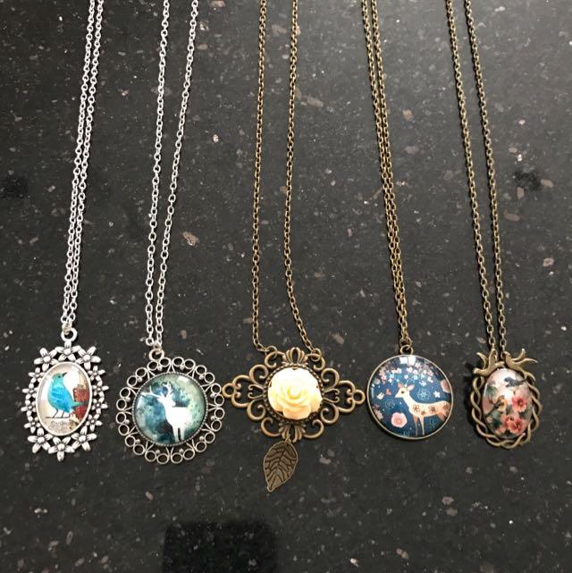Bundle Vintage Quality Assorted Design Pendant Necklace